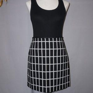 Loft Black and White Cotton Skirt - Size 4